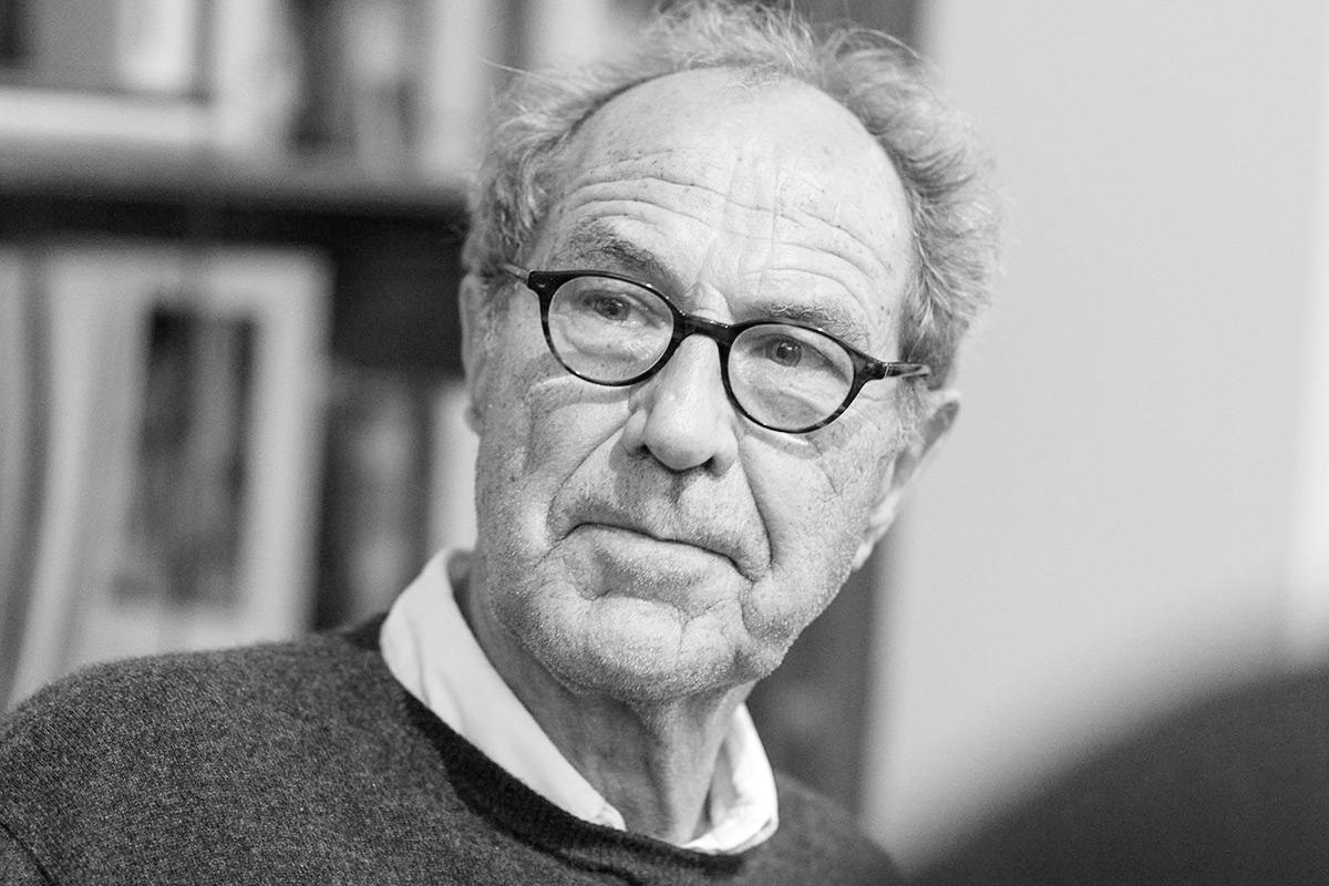 "Michael Krüger liest aus seinem Erzählband ""Der Gott hinter dem Fenster"". © Joachim Hauser"