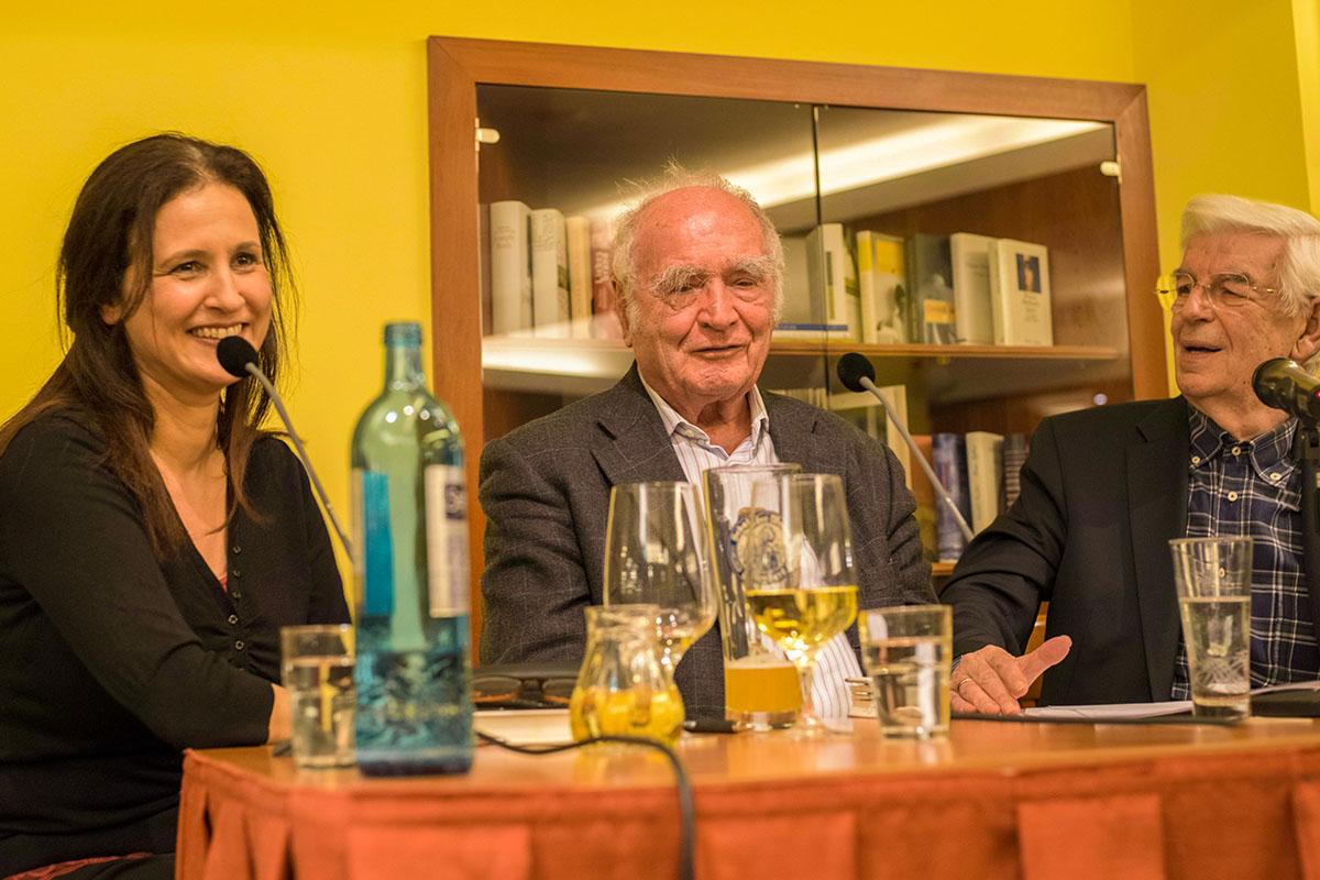 Januar 2016: Thekla Chabbi mit Martin Walser und Manfred Boos. © Joachim Hauser