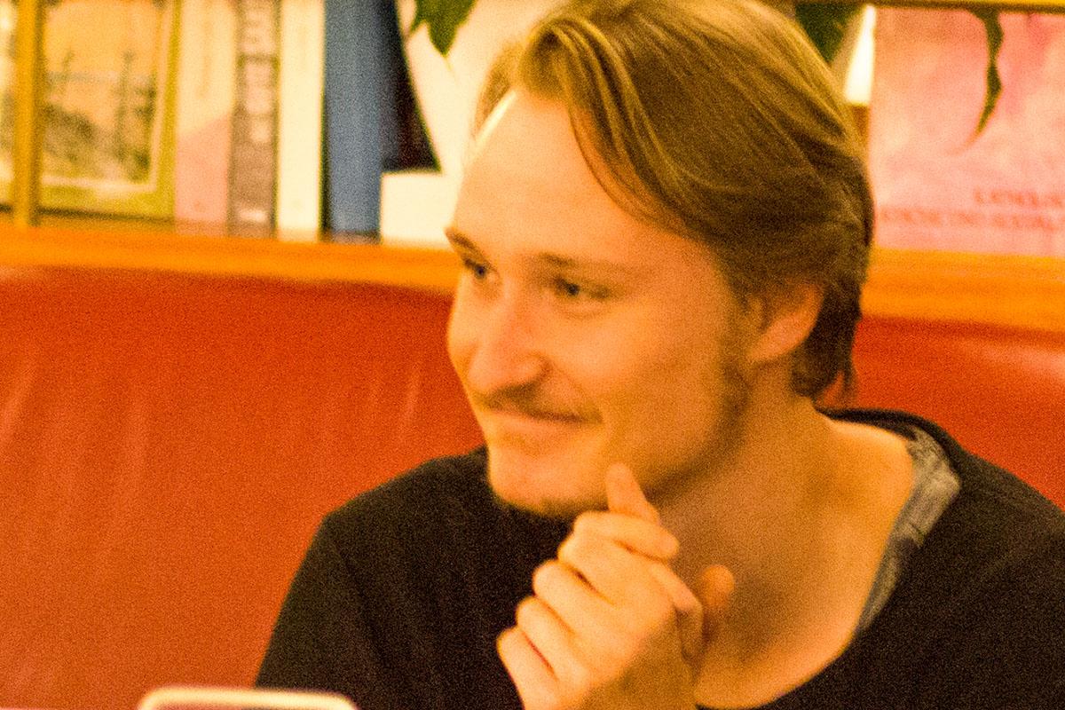 Ohne ihn sprachlos: Tontechniker Christopher Bogner im September 2016. © Joachim Hauser