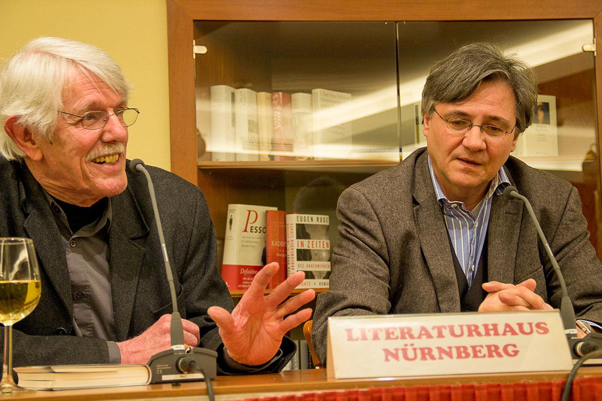 Im Gespräch: Karlheinz Bedall mit Michael Maar am 27. Februar 2014. © Joachim Hauser